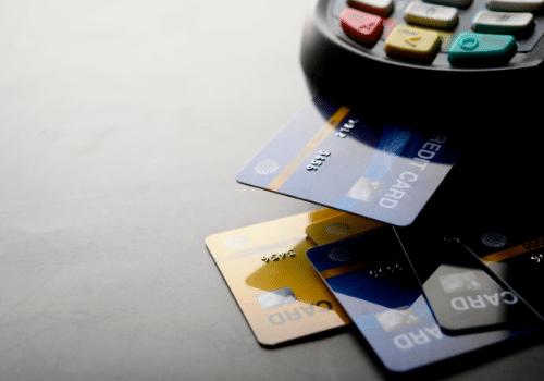 Negativado? Descubra 5 cartões de crédito com processos facilitados de aprovação